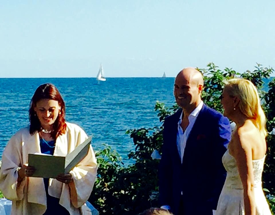 Michelle and Philippe - a romantic wedding by the lake on a beautiful sunny day!